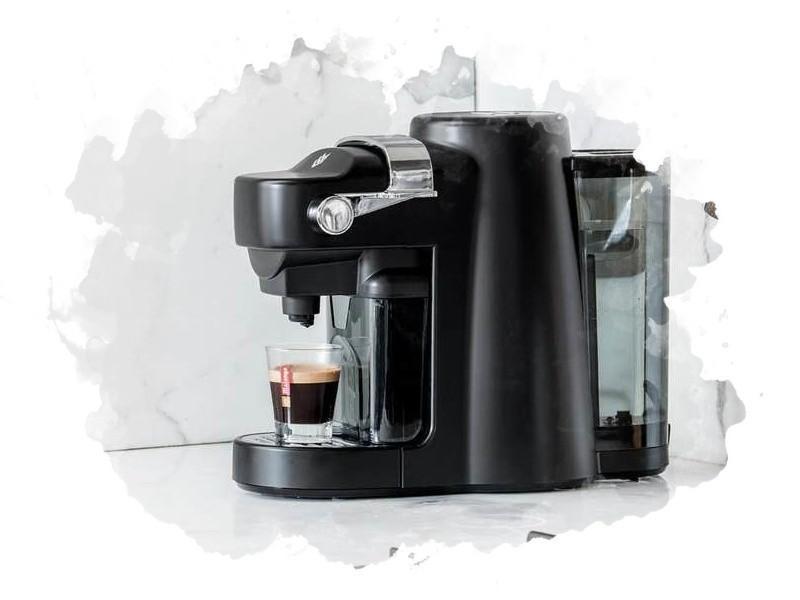 капсульный кофейный аппарат