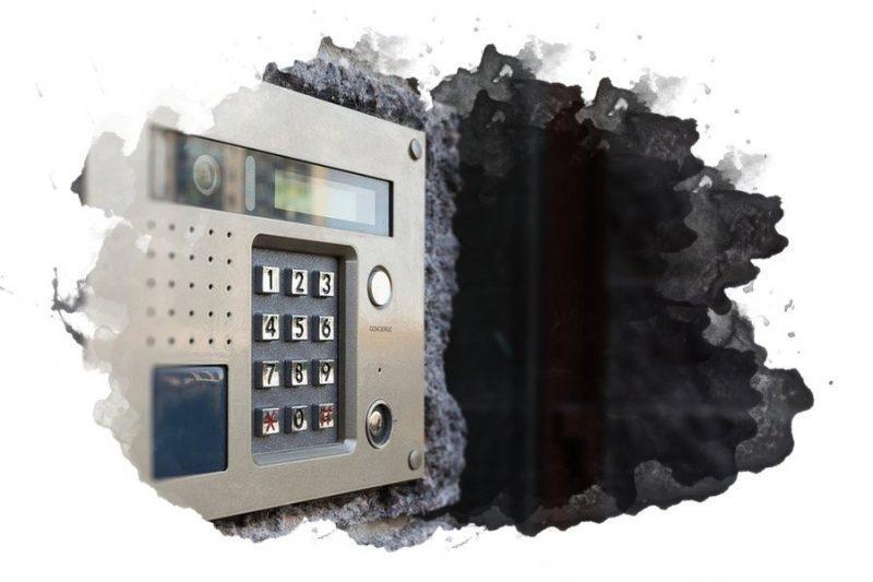 Как открыть любой домофон без ключа: универсальные коды и способы
