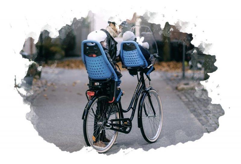 два велокресла для детей