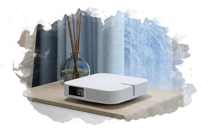 мини проектор в доме