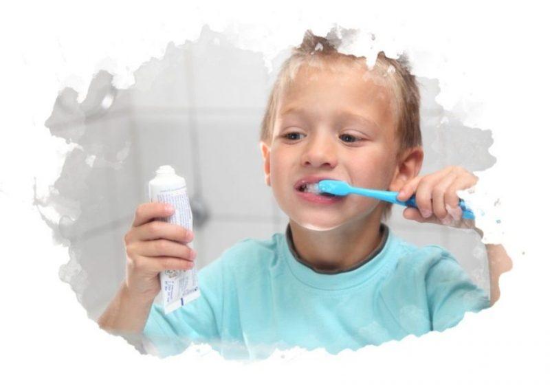 Какую зубную пасту выбрать для ребенка