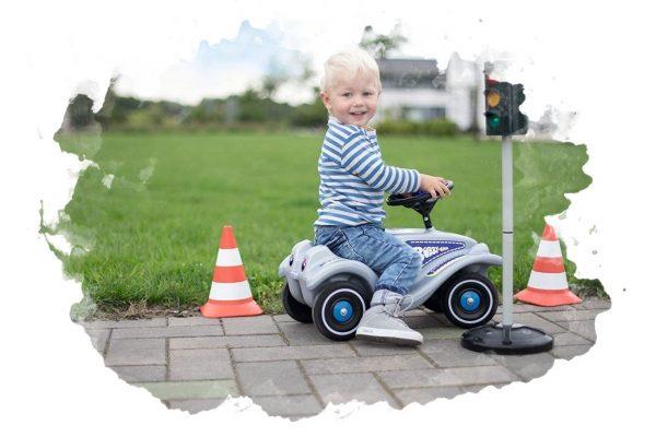 ТОП-7 лучших машинок-каталок для детей: какую выбрать, плюсы и минусы, отзывы