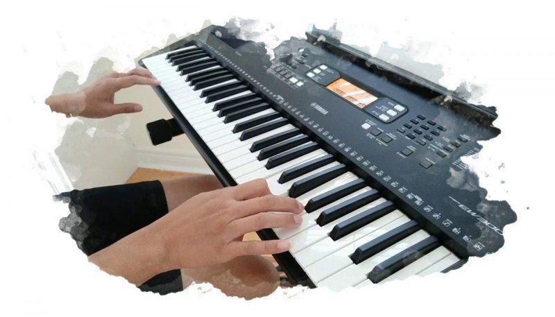Удобная клавиатура на синтезаторе