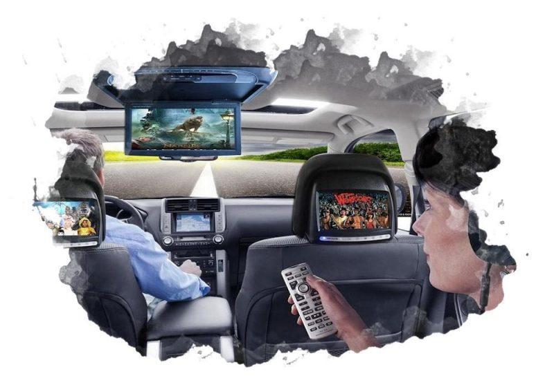 3 телевизора в машине