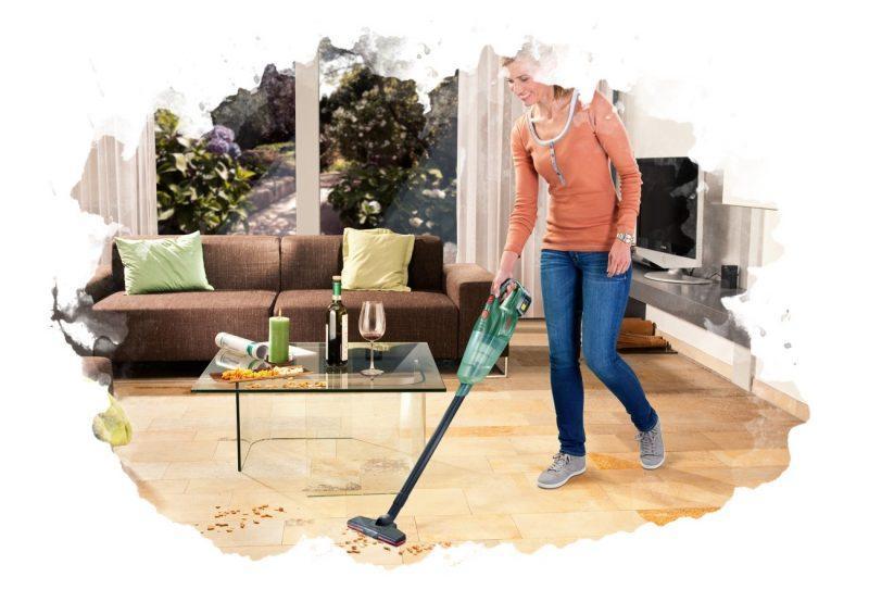использование вертикального пылесоса