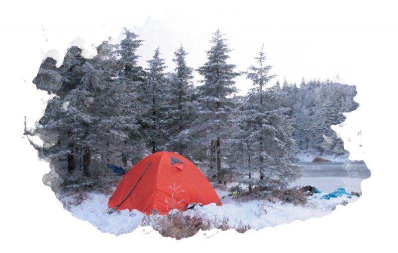 зимняя палатка для туристов